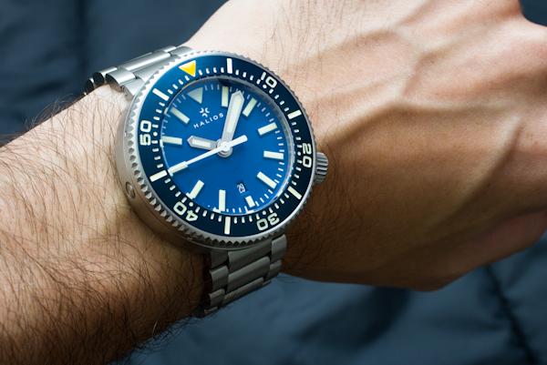 Name:  halios-puck-wrist.jpg Views: 171 Size:  253.9 KB