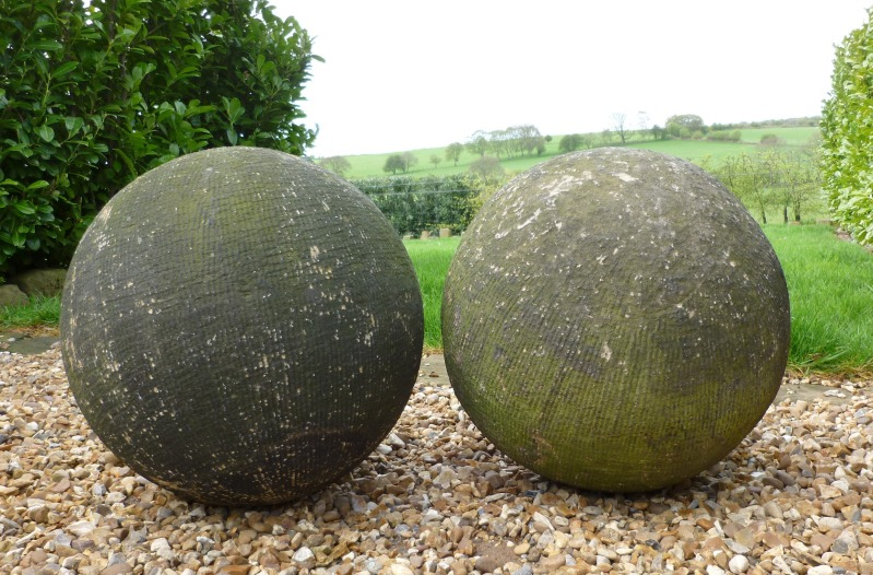 Name:  balls.jpg Views: 79 Size:  176.9 KB