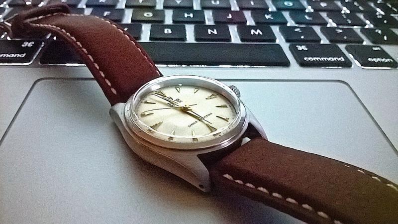 Name:  Tudor 7804 leather2.jpg Views: 83 Size:  67.1 KB