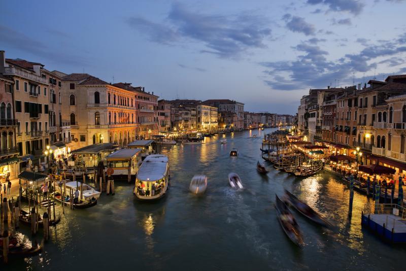 Name:  1_venice_grand_canal_rialto_bridge_2012.jpg Views: 95 Size:  70.9 KB