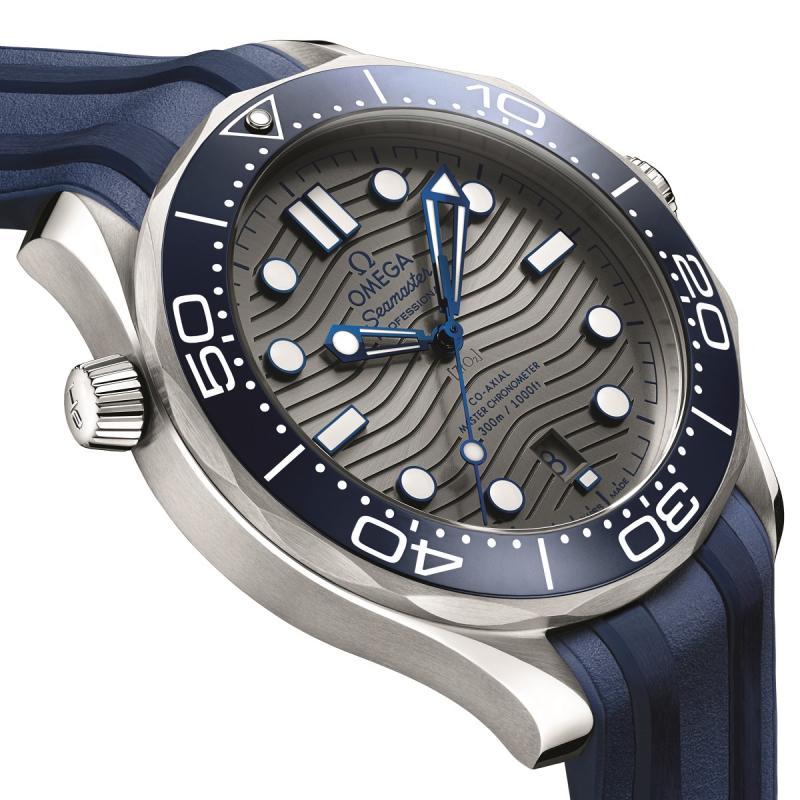 Name:  Omega-Seamaster-Professional-Diver-300M-42mm-Watch-13.jpg Views: 59 Size:  86.0 KB