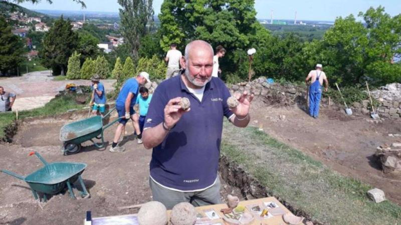Name:  Zishtova-Fortress-Svishtov-Danube-Bulgaria-Vlad-Dracula-Finds-17.jpg Views: 37 Size:  71.5 KB