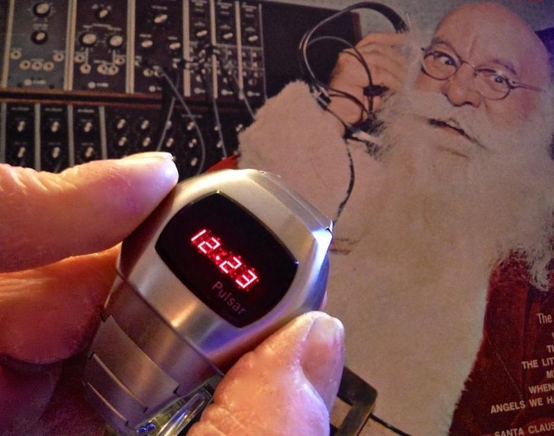 Name:  P3 Santa2 copy.jpg Views: 117 Size:  63.0 KB