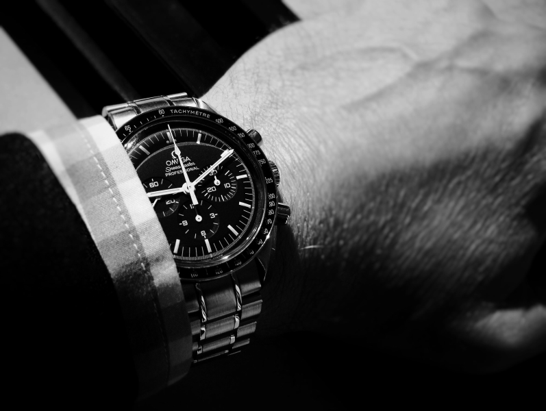 Name:  Omega Speedy_pro18bw.JPG