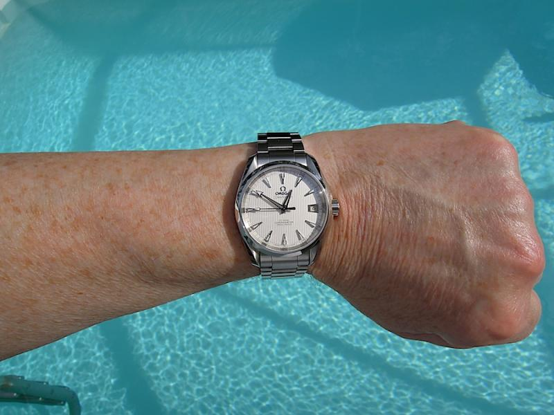 Name:  Omega AT 385 wrist-C.jpg Views: 33 Size:  58.2 KB