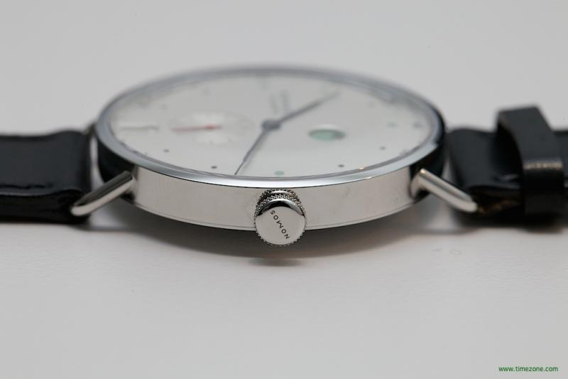Name:  Nomos Metro 38 Lugs 02.jpg