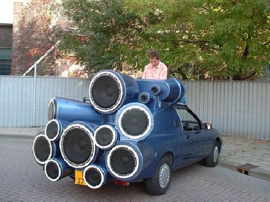 Name:  dj-art-car.jpg Views: 47 Size:  70.9 KB
