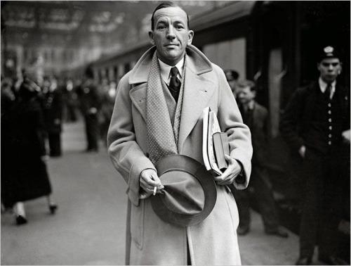 Name:  Noel Coward in a polo coat.jpg Views: 75 Size:  48.5 KB